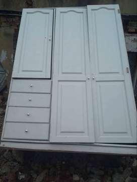 Closet en madera 152 X 205 X 60 cm