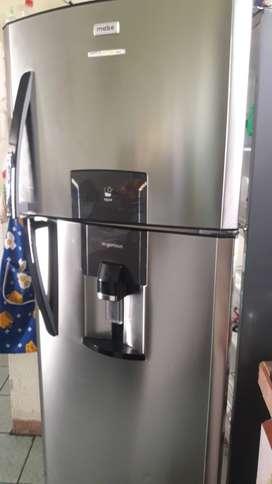Vendo refrigeradora mabe de 400 litros