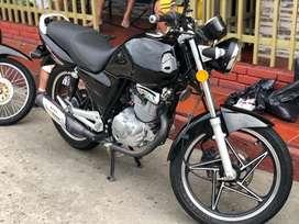 Moto Suzuki Gs125