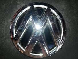 EMBLEMA VW PORTON SAVEIRO 2015