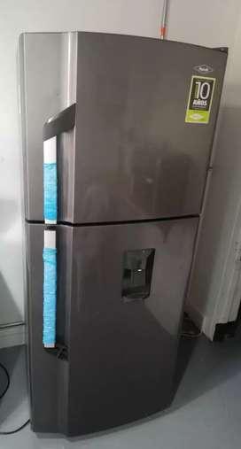 Nevera Haceb No Frost 220 litros