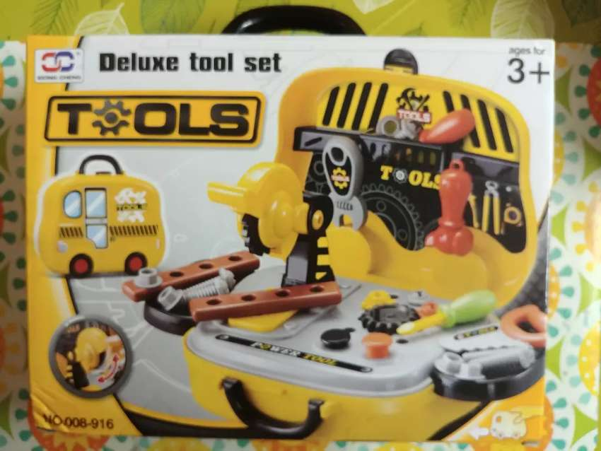 Deluxe tool set 31 pcs 0