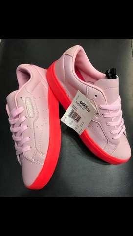 Tennis Adidas para Dama