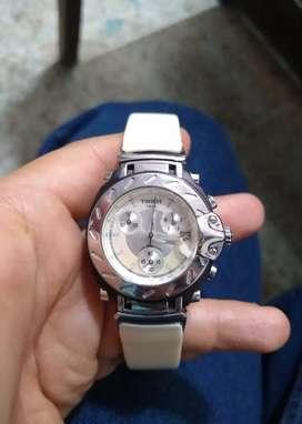 Reloj Tissot para dama tablero Nacarado