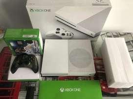 Xbox one S de 1Tera original en excelente estado con control edicion especial de 3ra generacion