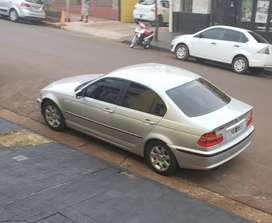 Vendo/financio BMW 320I impecable
