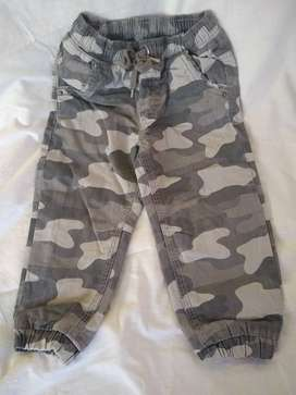 Pantalon Cheeky Camuflado t 4  varon C/abrigo perfecto