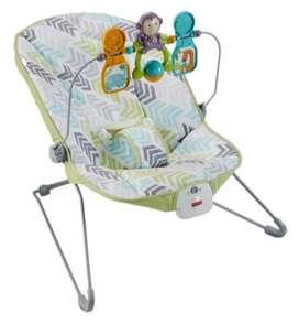 Silla Vibraciones Relajantes con interacciones Fisher Price para bebé