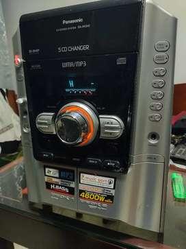 Potente cabezal  Panasonic  reproductor de MP3 y cds Emisoras y  auxiliar sin bocinas full traqueo
