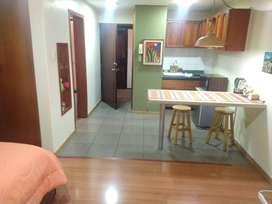 Se Renta Hermosa Mini Suite De Un Solo Ambiente Amoblada Sector Bosmediano. RGKR057
