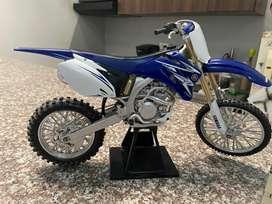 Vendo o Cambio Yamaha 450 F. Replica