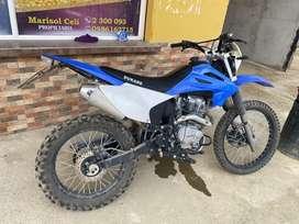 Se vende moto dukare 200cc