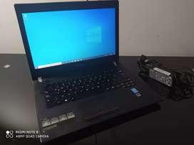 Portátil Lenovo Corporativo Core i5 de 5ta Gen. PERFECTO