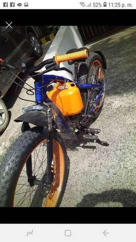FAT BIKE  con motor a gasolina 4t 196cc tracción por correa y poleas