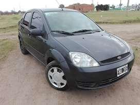 Fiesta Max 2006