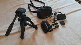 Videocámara Panasonic HDS-HDC20 + Trípode Velbon EX-Mini