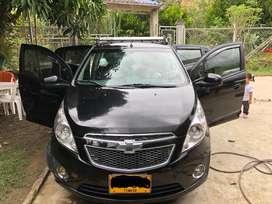 Se vende carro modelo 2012