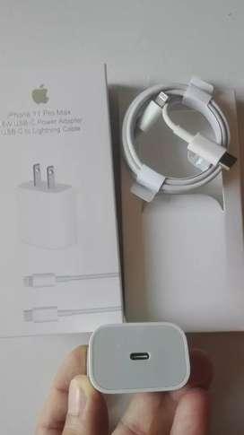 Cargador de pared Iphone 11 Pro Max original 18w USB