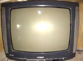 Televisor Philips antiguo 22 pulgadas con control remoto usado.