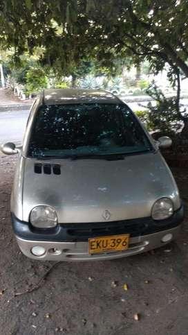 Vendo twingo modelo 2006 GANGA