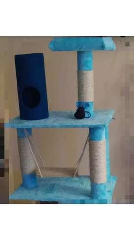 Gimnasio rascador gatos
