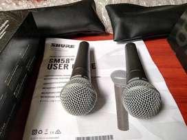 Se Vende 2 Micrófonos Profesional Marca Shure SM58