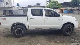 De Oportunidad Vendo o Cambio Flmante Toyota Hilux 4x4
