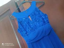 Vestido de noche color azul