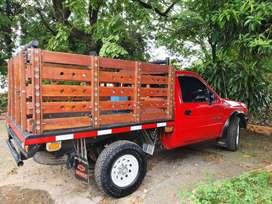 Vendo camioneta Chevrolet Luv 2300 4x4, estaca