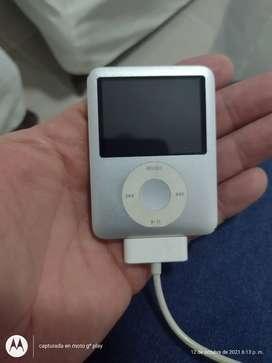Se vende iPod nano en buen estado