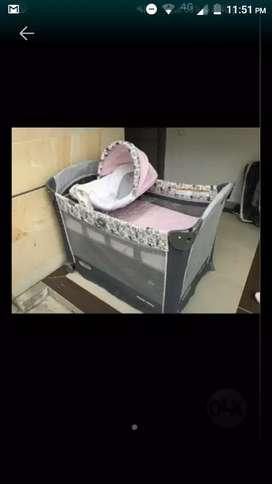 Vendo corral para bebé marca graco se Minnie