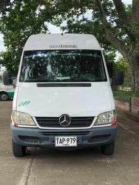 Microbus servicio publico especial