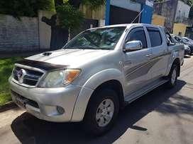 VENDO/ PERMUTO/ FINANCIO - Toyota Hilux SRV 3.0 Diésel 4x4- Modelo 2008
