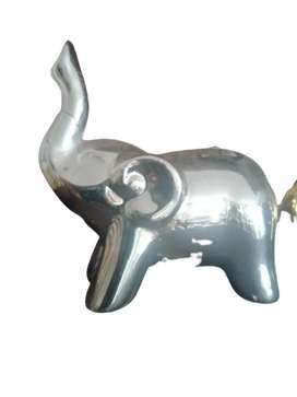 Elefanticos en porcelana