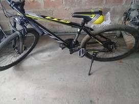 Bicicleta Montañera con cambios frenos