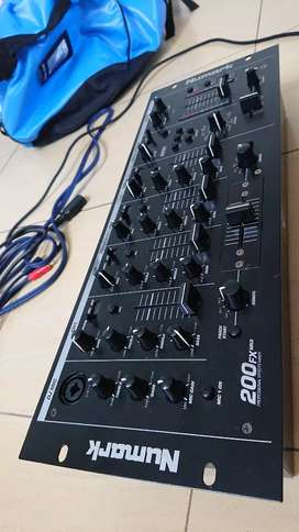 Numark 200FX MKII Profesional Effects Mixer