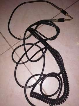 Cable de audio en buen estado