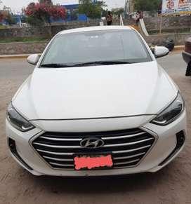 Hyundai Avante 2016 negociable