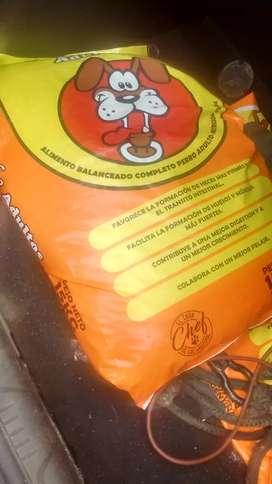 Bolsa de alimento para perros de 15 kg