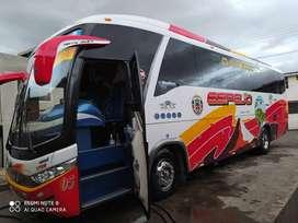Se vende flamante Hino Ak año 2016 mega bus 700 con Aire acondicionado,baño ,TV 42pg , hacientos semi cama , audio etc.
