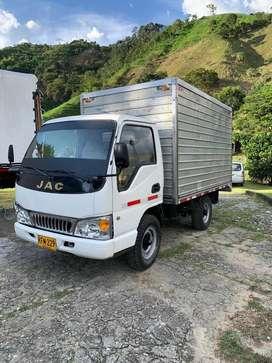 Camion JAC 2011 hermoso