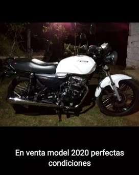 VENDO AkT 125 Modelo 2020