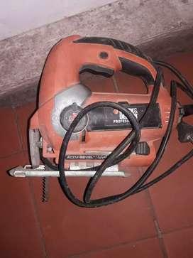 caladora  black y deker tipo 1 19mm de 600w con sierra.muy poco uso