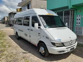 Vendo o permuto mercedes benz sprinter 413