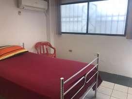 Alquilo habitación para señorita estudiante 180 dolares