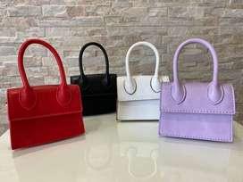 Hermosos mini bolsos de moda
