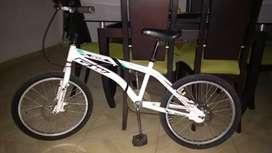 Excelente Oportunidad!!! Vendo Bicicleta Cross GW, Rin 20'!!!