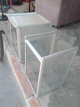 Reparación y fabricación de vitrinas de vidrio