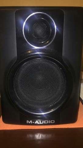 Monitores M-audio