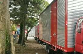 Vendo furgón 720 de largo x260 de ancho x260 de alto con puerta